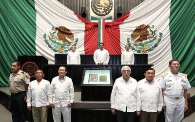 ((VIDEO)) El Gobernador Carlos Joaquín asiste a la Sesión Solemne de la XV Legislatura del Congreso con motivo del XLIII Aniversario de la Promulgación de la Constitución Política del Estado de Quintana Roo