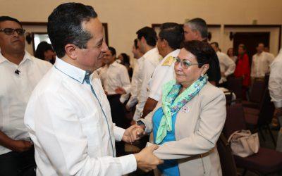Las mujeres representan una gran fuerza en la hotelería y en los servicios al turismo que hacen de Quintana Roo el mejor destino de México y la región: Carlos Joaquín