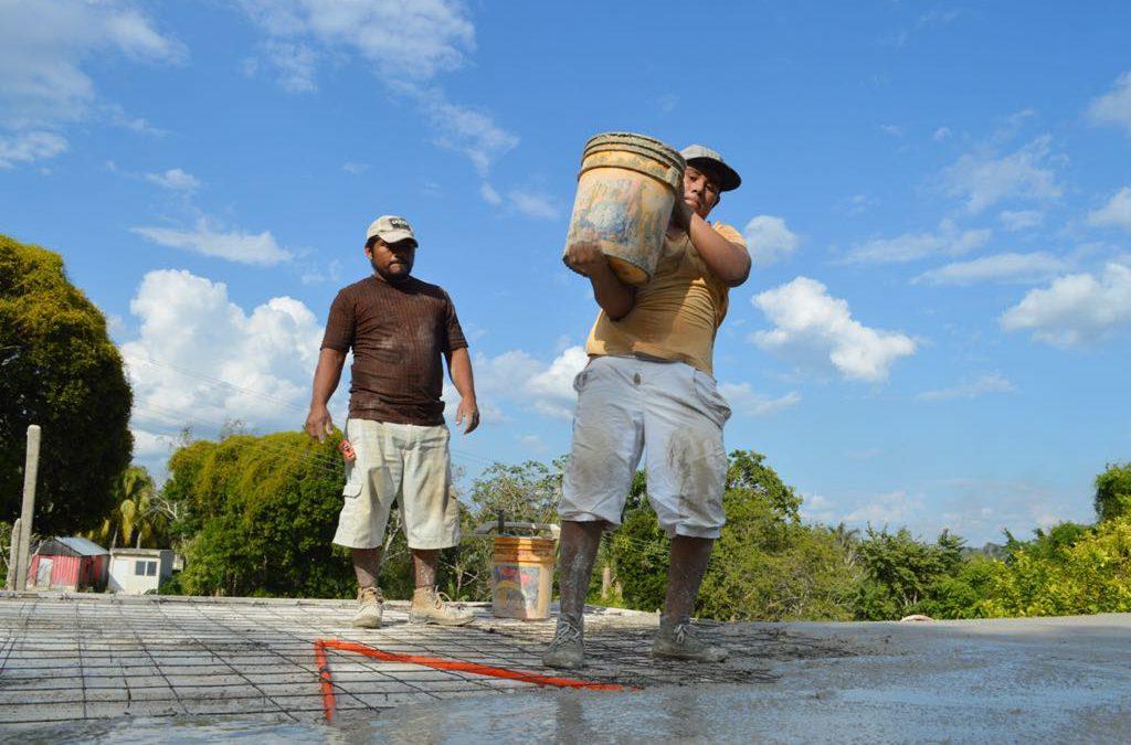 Avanzamos en la construcción de viviendas para las familias quintanarroenses
