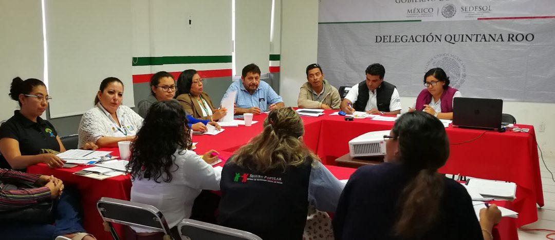 Afinan estrategias para que todo ciudadano cuente con servicios de salud en Quintana Roo