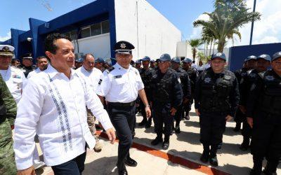 La profesionalización de nuestros cuerpos policiales nos permite avanzar en la recuperación de la tranquilidad: Carlos Joaquín