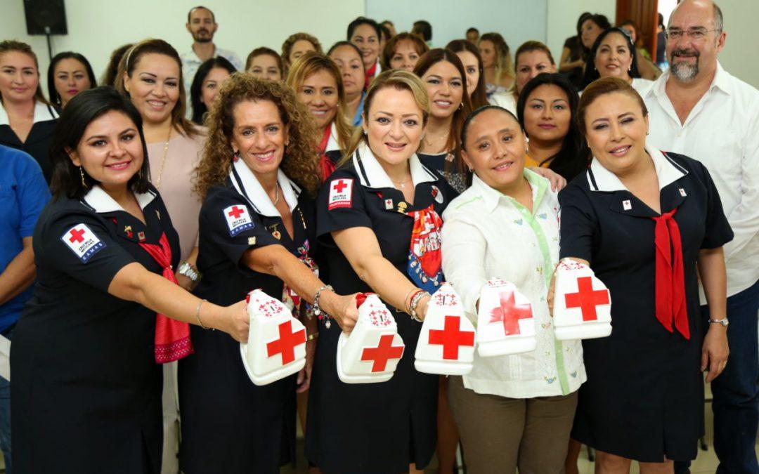 Sumemos voluntades para que la Cruz Roja continúe brindando servicios de calidad con calidez a la población: Gaby Rejón de Joaquín