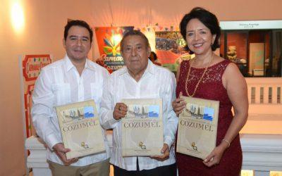 """La FPMC presentó el libro """"Travesía por la Historia de Cozumel"""""""